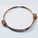 Lightweight gold elephant hair bracelet
