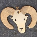 Big horned sheep gold pendant