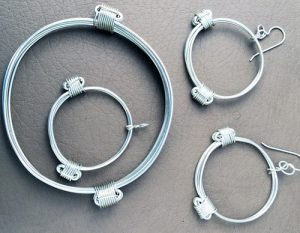 Simba silver elephant hair knot bracelets