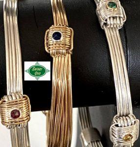 Elephant hair bracelet with gemstones